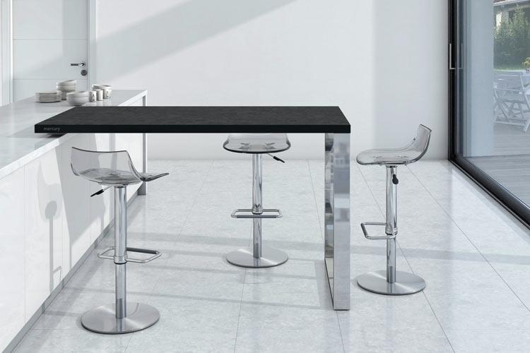 mesas y sillas roso